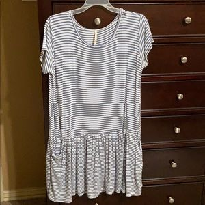 Pullover T-Shirt Style Dress.  EUC